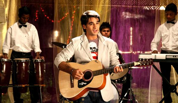 Movie Still From The Film Qasam Se Qasam Se,Azim Rizvi