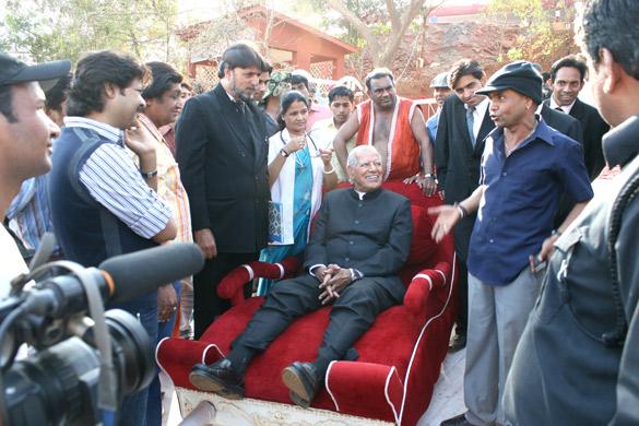 On The Sets Of The Film Ata Pata Lapata Featuring Dara Singh,Rajpal Yadav