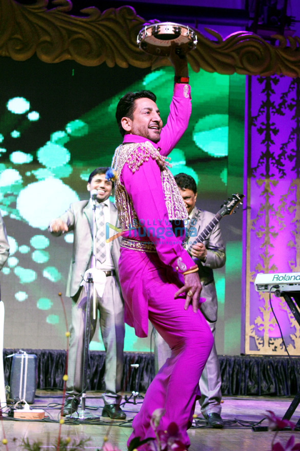 Gurdas Mann performing on the eve of Punjab Formation Day