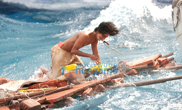 Life of pi review bollywood hungama for Life of pi movie analysis