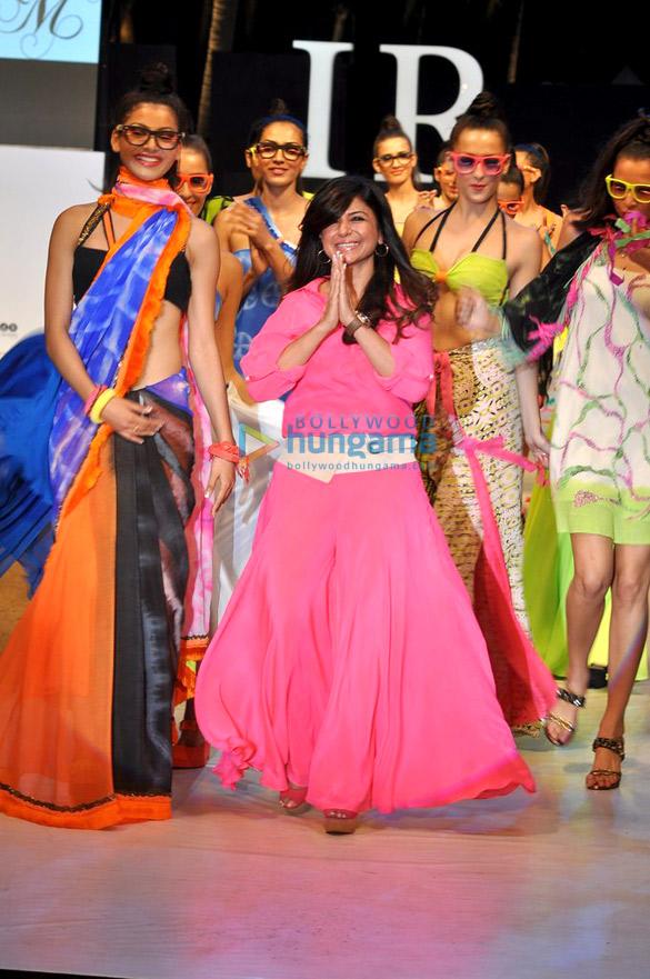 Babita Malkani's show at India Resort Fashion Week 2012