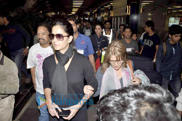 Katrina snapped with her mom | Katrina Kaif Images ...