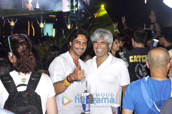 Arjun Rampal, Sushmita at Armin van Buuren's concert