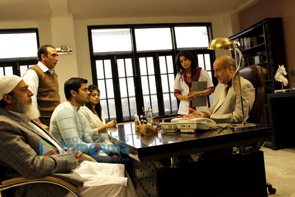 Gulshan Grover,Ganesh Venkatraman,Bikramjeet Kanwarpal,Urvashi Sharma,Anupam Kher