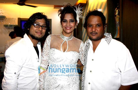 Vivek Kar, Misti Mukherjee , Rajiv Ruia