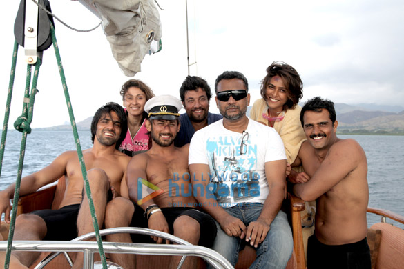 Sumit Suri,Manjari Fadnis,Santosh Barmola,Varun Sharma,Anubhav Sinha,Suzana Rodrigues