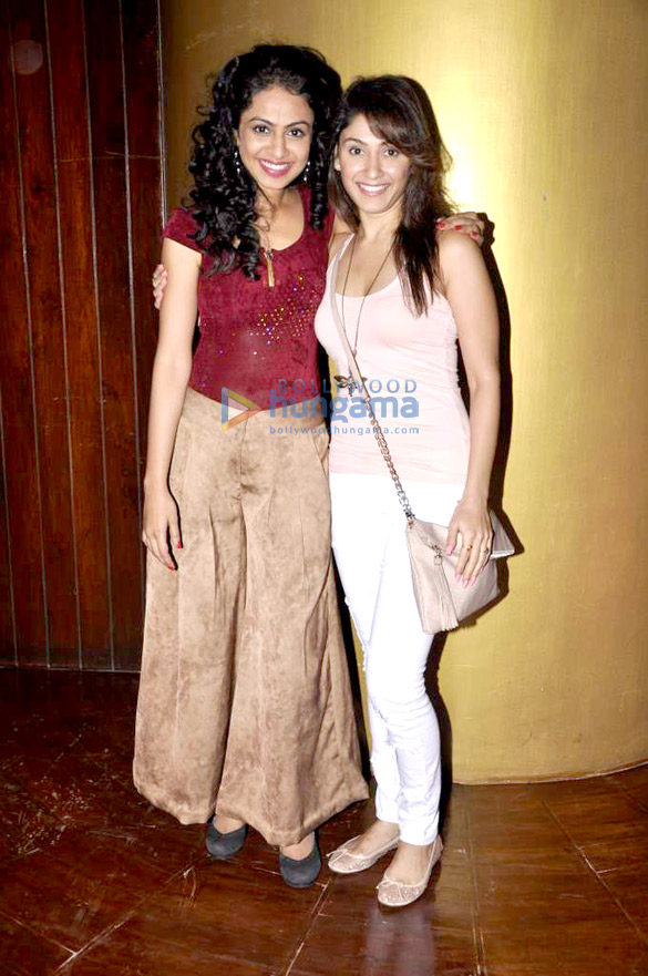 Nandita & Manjari at Manasi Parekh Gohil's play 'Club Desire'