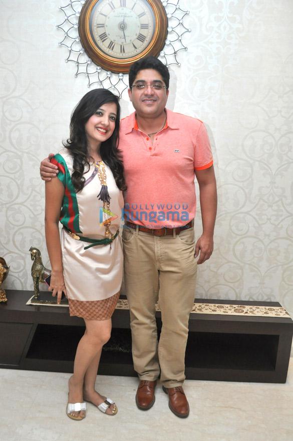 Amy Billimoria, Gautam
