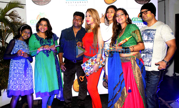 Sanchiti Sakat, Ekta, Satish Shetty, Laila Khan, Kashish, Tanisha Singh, Dj Sheizwood