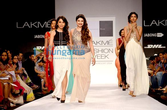 Prachi Desai walks for Sonakshi Raaj at LFW 2014
