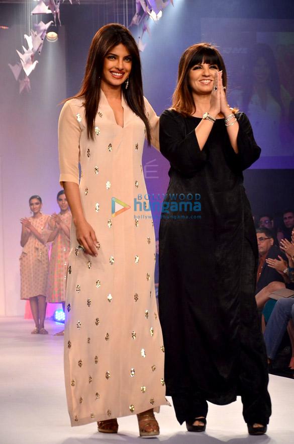 Priyanka Chopra walks for Neeta Lulla at LFW 2014