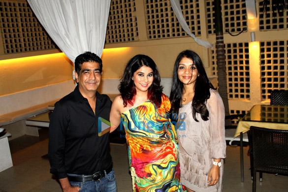 Krishan Kumar, Bhavna Jasra, Tanya Kumar