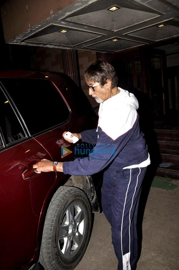 Amitabh Bachchan snapped at Empire Studio