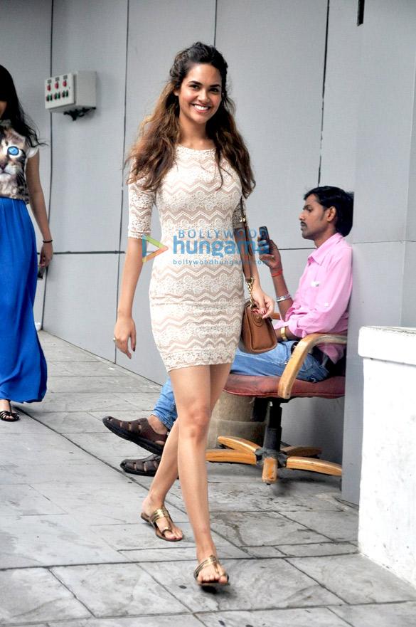 Esha Gupta snapped in Bandra