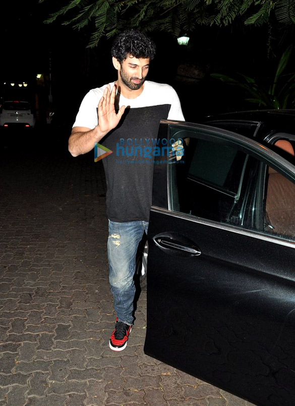 Aditya Roy Kapur snapped at Ranbir's house