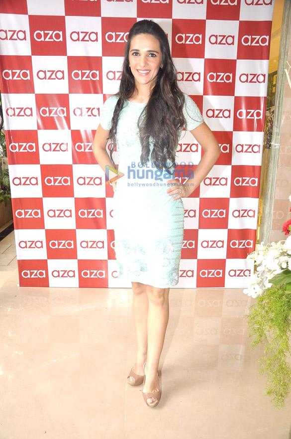 Nargis & Vaani at Aza store launch in Bandra