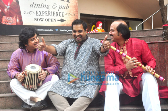 Vidvan Kumaresh, Shankar Mahadevan, Ronu Majumdar