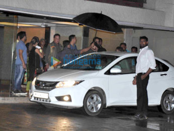 Salman Khan, Lulia Vantur, Varun Dhawan & others at Arpita Khan's party