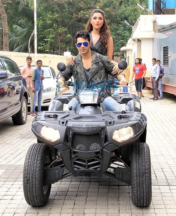 Varun Dhawan & Parineeti Chopra launch 'Jaaneman Aah' song from 'Dishoom'