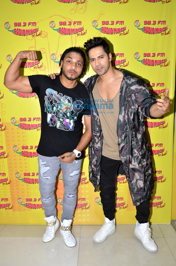 Varun Dhawan & Raftaar promote 'Dishoom' at 98.3 FM Radio Mirchi