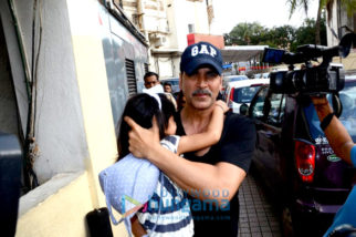 Akshay Kumar, Twinkle Khanna & daughter Nitara snapped post movie at PVR, Juhu