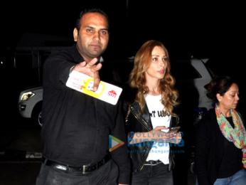 Salman Khan & Lulia Vantur depart for Leh Ladakh schedule of Kabir Khan's Tubelight