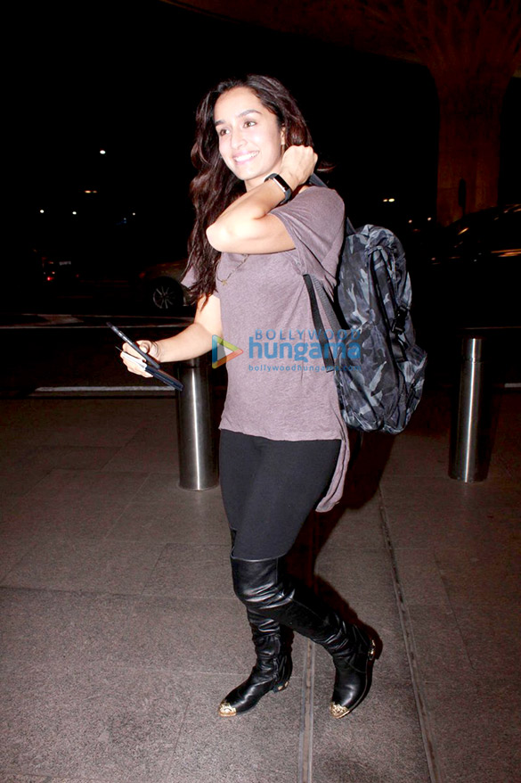 Shraddha Kapoor departs for 'Half Girlfriend' shoot in Cape Town