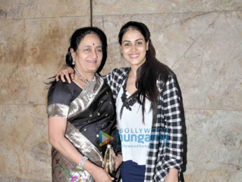 Riteish Deshmukh & Genelia Dsouza snapped at 'Banjo' screening