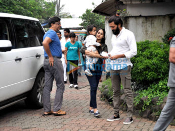 Riteish Deshmukh, Genelia Dsouza snapped with their son at 'Joggers Park', Bandra