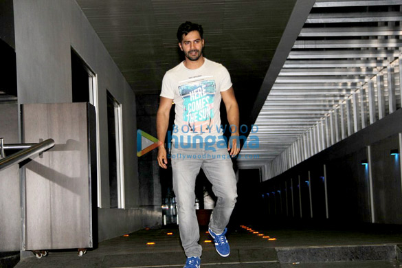 Varun Dhawan & his girlfriend Natasha snapped post dinner at Hakkasan