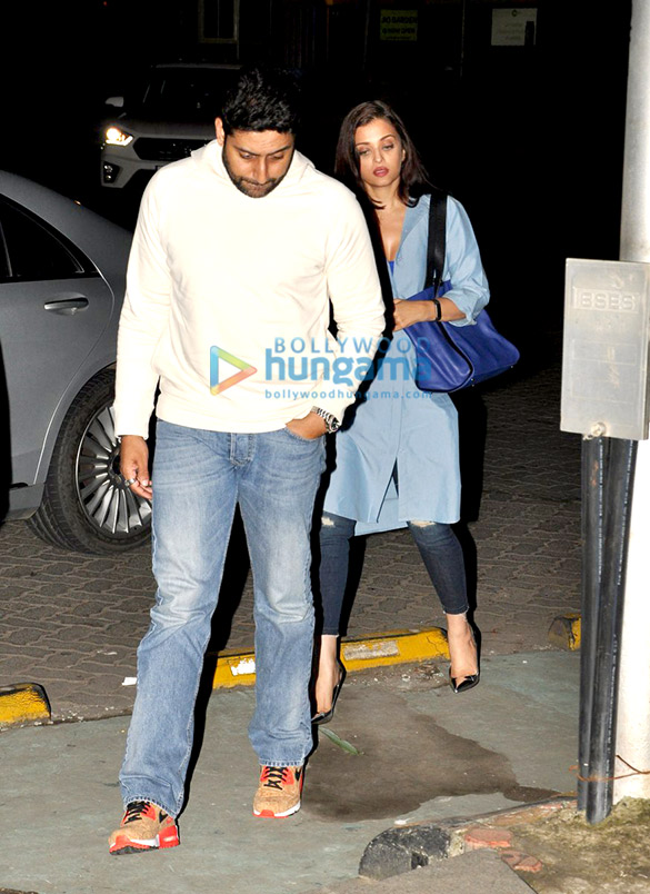 Abhishek Bachchan and Aishwarya Rai Bachchan snapped on a dinner outing in Bandra