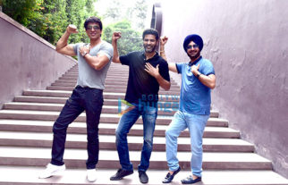 Cast of 'Tutak Tutak Tutiya' promote the film in Delhi