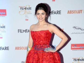 Aishwarya Rai Bachchan, Katrina Kaif, Kajol & Alia Bhatt grace 'Filmfare Glamour & Style Awards 2016'