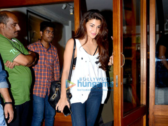 Jacqueline Fernandez & Sonam Kapoor snapped post dinner at Sequel Bistro & Juice Bar in Mumbai