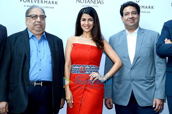 Nimrit Kaur graces the ForeverMark Diamonds event