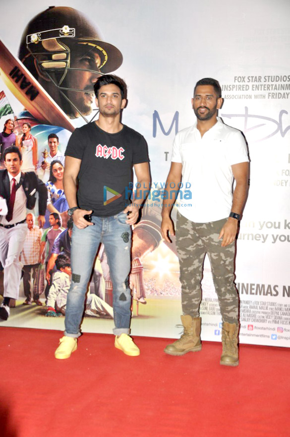 Sushant Singh Rajput & Mahendra Singh Dhoni snapped at 'M.S. Dhoni - The Untold Story' promotions