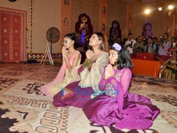 Sushmita Sen graces Durga Pooja ceremony