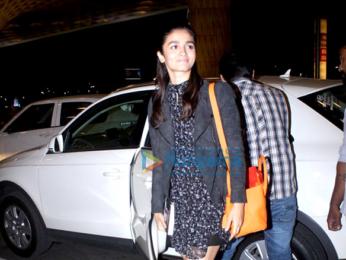 Varun Dhawan & Alia Bhatt depart for 'Badrinath Ki Dulhania's shoot in Singapore