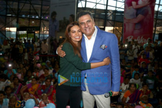Boman Irani & Esha Gupta grace CPAA & Carnival Cinemas' Children's Carnival for the cancer patient kids