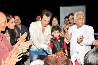 Celebs grace Avinash Wadhawan & his son Samraat Wadhawan's birthday bash