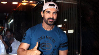 """On A Dialogue In Force 2 Public Chilla Rahi Thi Modi Modi"": John Abraham Celeb Interview Video Image"