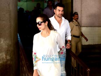 Malaika Arora Khan & Arbaaz Khan snapped outside the Family Court in Bandra