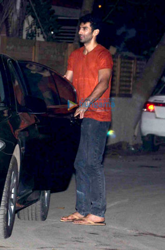 Aditya Roy Kapur, Shraddha Kapoor and Shaad Ali snapped at 'Ok Jaanu' wrap up bash