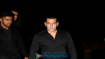 Salman Khan celebrates 51st birthday at his farmhouse in Panvel
