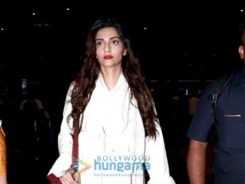 Sonam Kapoor and Sonakshi Sinha snapped at the Mumbai airport