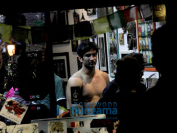 Sushant Singh Rajput snapped post getting tattooed in Bandra