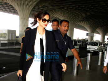 Virat Kohli, Anushka Sharma, Aditya Roy Kapur, Sonam Kapoor and many more snapped at the airport