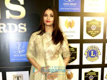 Aishwarya Rai Bachchan and Tiger Shroff at 23rd SOL Lions Gold Awards 2016
