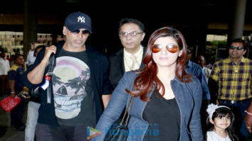 Akshay Kumar, Ajay Devgn, Kajol, Jacqueline Fernandez, Parineeti Chopra and others snapped at the airport