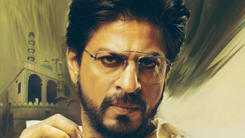 First Day First Show Of Raees video